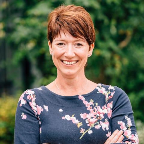 Rosemarie Guyll-Simpson, Manager